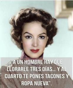 En mi opinión no hay que llorar por nadie. Quien te ama te hace llorar, pero de la risa. Yaneli Morales.
